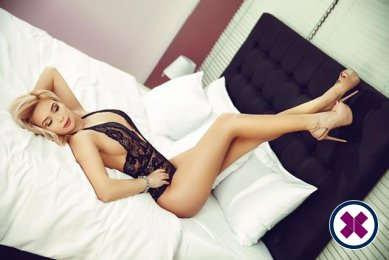 Book a meeting with Carina in  today