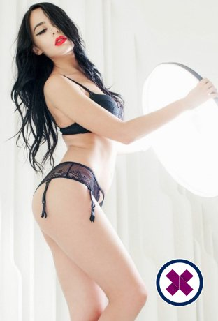 Alina Li is one of the much loved massage providers in Amsterdam. Ring up and make a booking right away.
