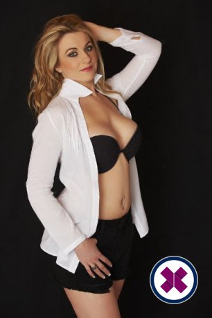 Zina is one of the best massage providers in Amsterdam. Book a meeting today