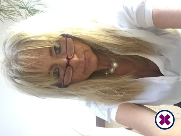 Mature Ana Massage is one of the much loved massage providers in Coventry. Ring up and make a booking right away.