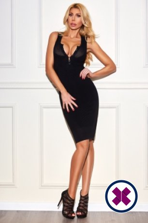 Carolina is a hot and horny Italian Escort from London