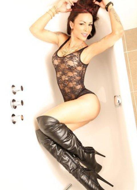 TS Isabelli Potter - an agency escort in London
